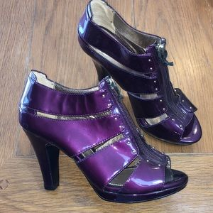 Sofft NWOB purple peep toe pumps